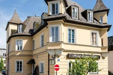 Laimer Hof Am Schloss Nymphenburg - Munich