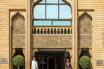 La Tour Hassan Palace - ????