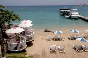 Shaw Park Beach  & Spa -                             오코 리오스