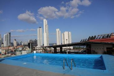 Caribe Panamá - 巴拿馬城