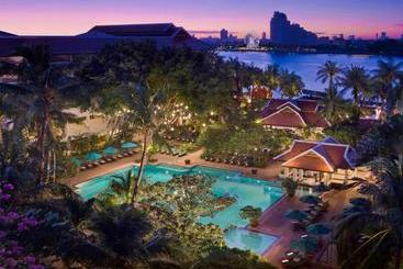 Anantara Riverside Bangkok Resort - 방콕