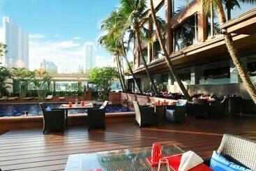 Ramada Plaza By Wyndham Bangkok Menam Riverside - Banguecoque