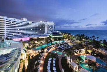 Fontainebleau Miami Beach - Майами-Бич