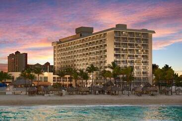 Newport Beachside Hotel & Resort - Miami Beach