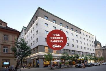 Best Western Premier Hotel Slon - Ljubljana
