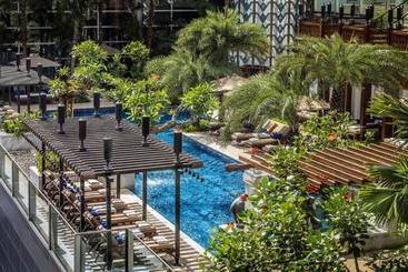 Four Seasons Hotel Jakarta - Jakarta