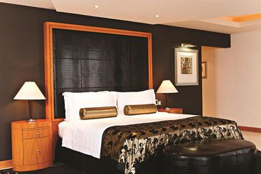 Fairmont Dubai - Dubai