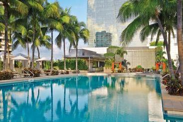 Four Seasons Hotel Miami - Miami