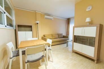 Apartaments Costamar -                             Calafell