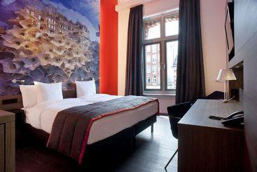 Room Hotel The Manor Amsterdam