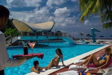 Neptuno Tritón - Havana