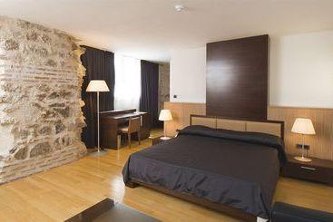 Vestibul Palace & Villa  Small Luxury Hotels Of The World - Split
