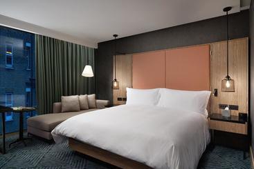 Hilton London Bankside - Лондон