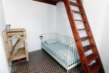Apartamentos el angosto en agaete destinia - Redondo de guayedra ...