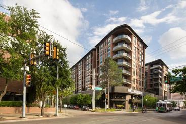 The Guild Uptown | Mckinney Ave - Dallas