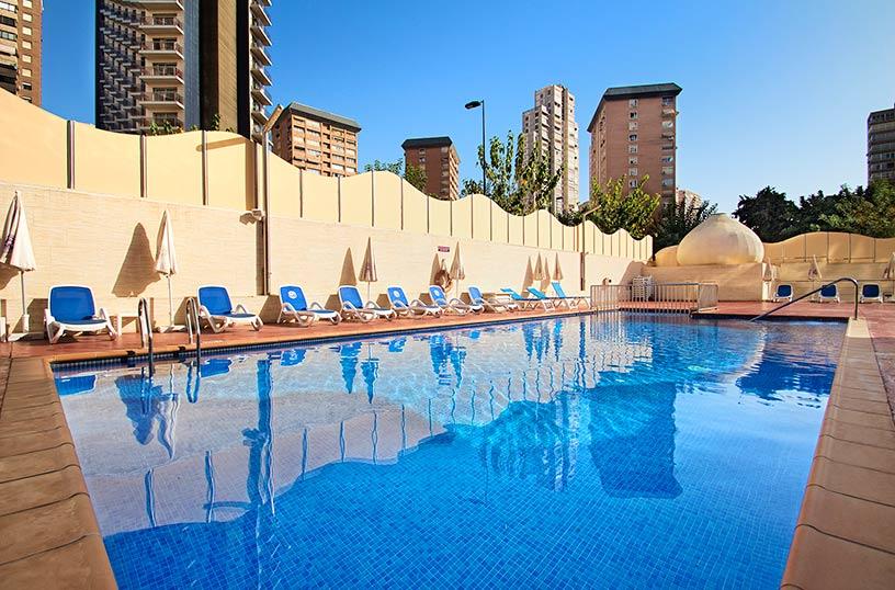 Hotel servigroup diplomatic en benidorm destinia for Hoteles familiares en benidorm