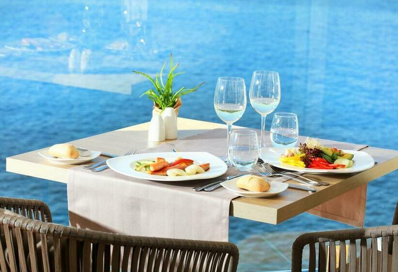 Restaurante Hotel Iberostar Suites Jardín del Sol - Adults Only Santa Ponsa