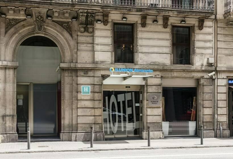 Aussenbereich Hotel Ilunion Almirante Barcelona