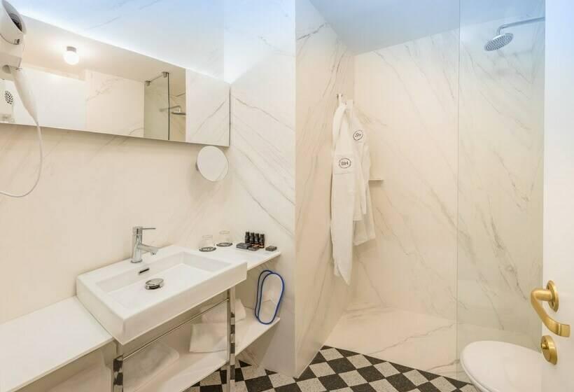 Cuarto de baño SH Inglés Boutique Hotel Valencia