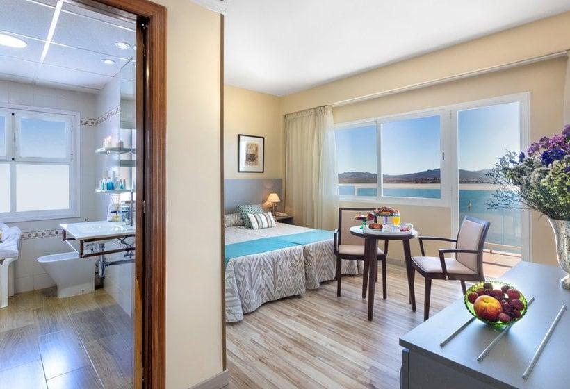 Habitación Hotel Izán Cavanna La Manga del Mar Menor