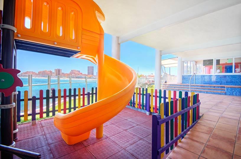 Instalaciones infantiles Hotel Servigroup Galúa La Manga del Mar Menor