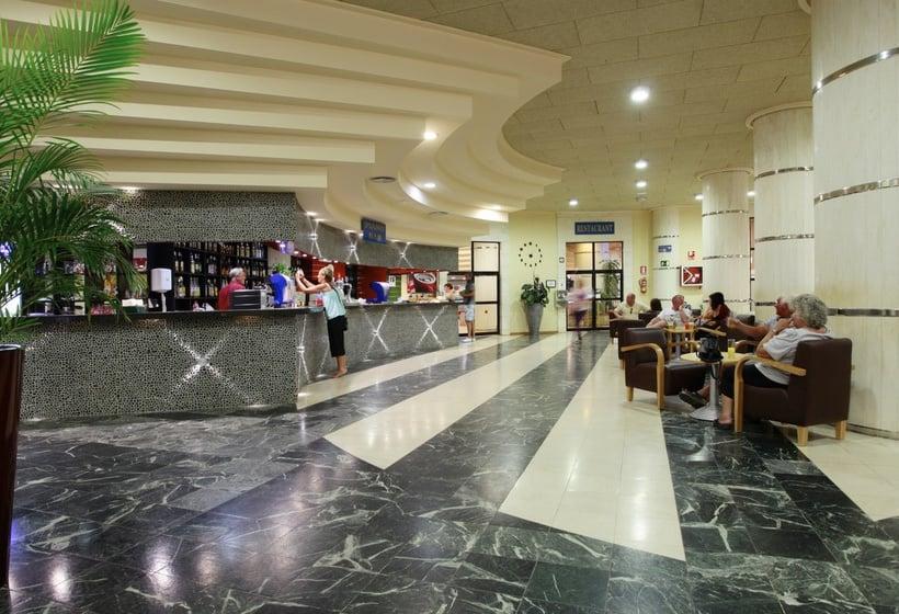Recepción Hotel Marconfort Beach Club All Inclusive Torremolinos