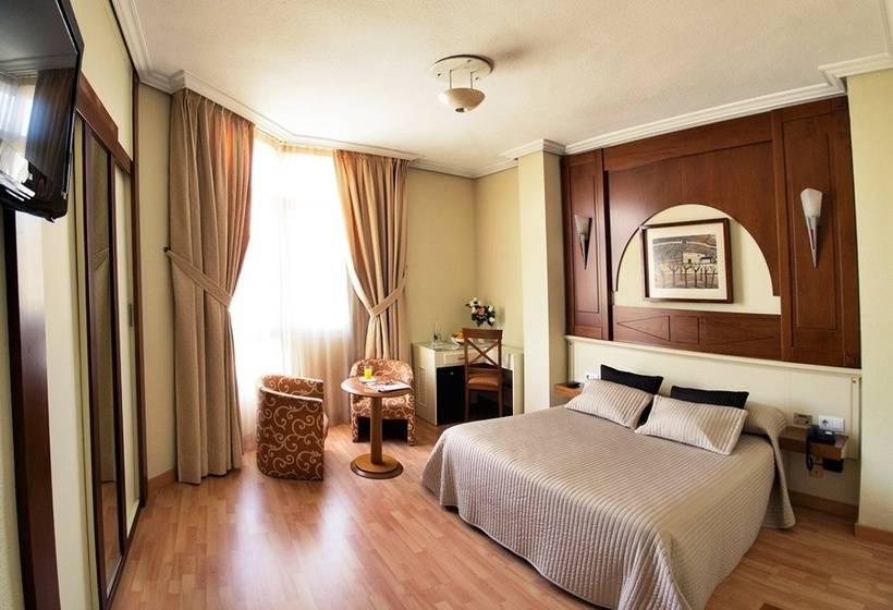 Hotel pasarela en sevilla desde 24 destinia for Hotel pasarela sevilla