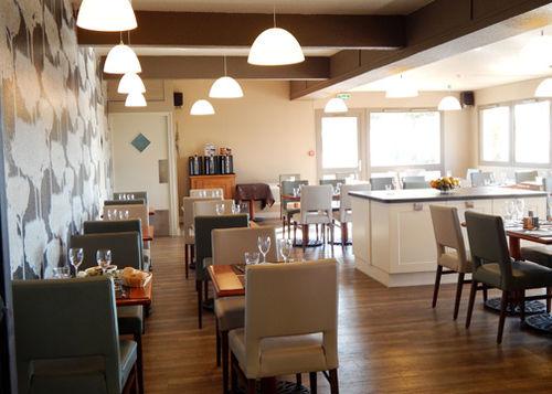 hotel comfort orleans nord en saran destinia. Black Bedroom Furniture Sets. Home Design Ideas