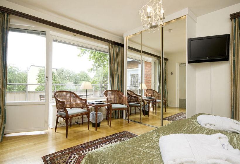 Hotel Attache Estocolmo