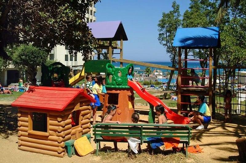 Instalaciones infantiles Sol Timor Apartamentos Torremolinos