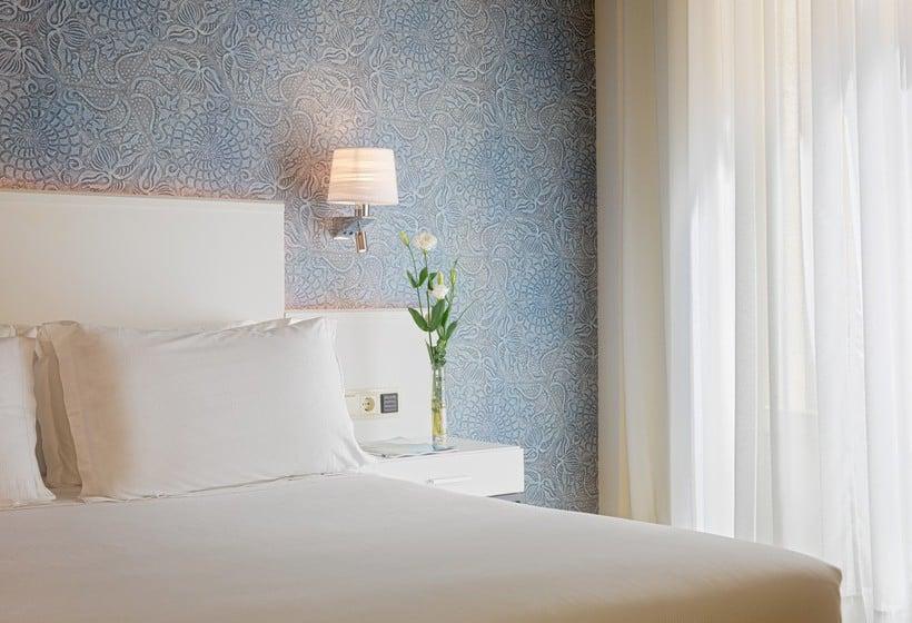Hotel H10 Raco Del Pi Barcelona