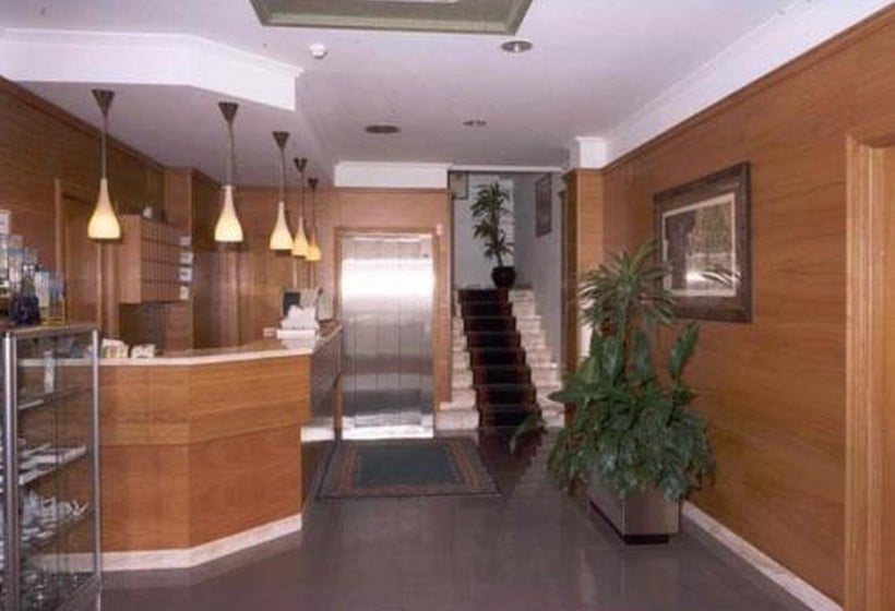 Recepción Hotel San Vicente Santiago de Compostela