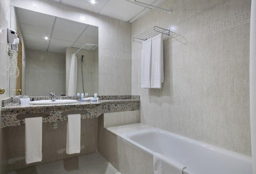 Cuarto de baño Hotel Best Benalmádena