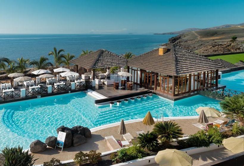 Hotel hesperia lanzarote en puerto calero destinia - Hesperia lanzarote puerto calero ...
