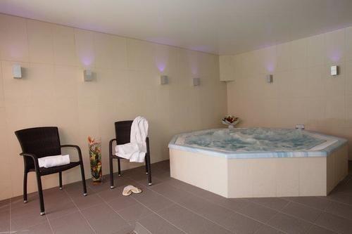 Hotel mercure dinan port le jerzual en dinan destinia - Hotel dinan port le jerzual ...