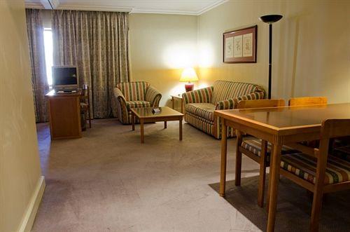 VIP Executive Marques Aparthotel Lisboa