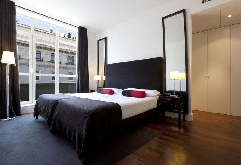 Hotel quatro puerta del sol en madrid destinia for Hoteles cerca puerta del sol