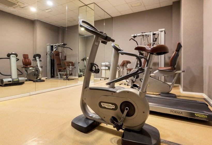 Instalaciones deportivas Hotel Ilunion Valencia 4