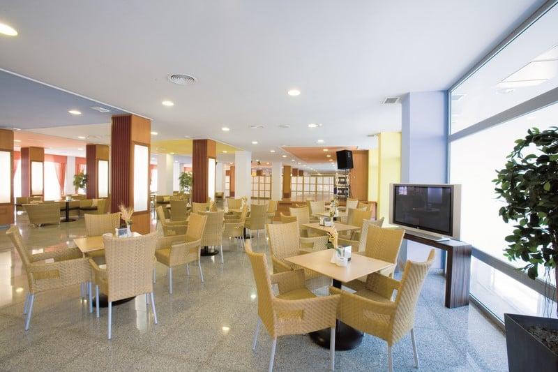 Restaurante Hotel Fenix Family Roquetas de Mar