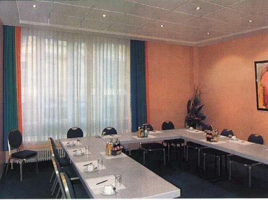 Hotel Alt-Tempelhof Berlín