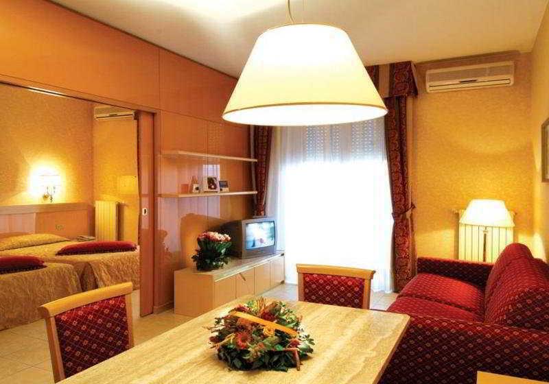 Atahotel quark due residence en mil n destinia for Quark hotel milano