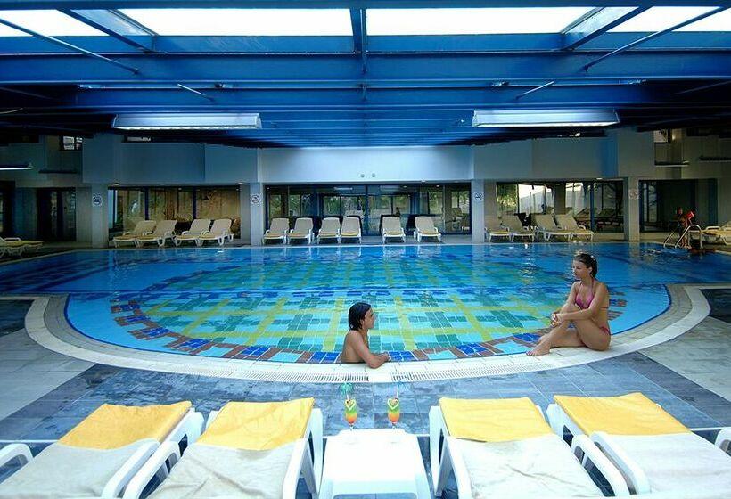 Resort Queen S Park Le Jardin In Kemer Starting At 22 Destinia