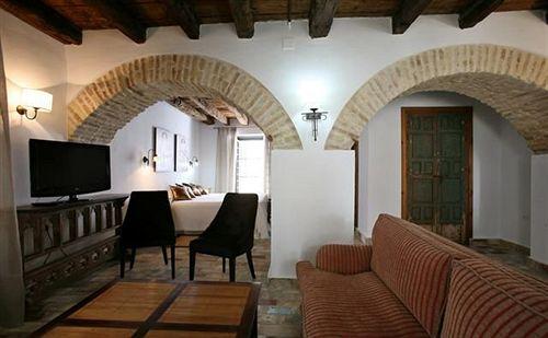 Hotel posada de palacio en sanl car de barrameda destinia for Muebles de caoba en sanlucar de barrameda