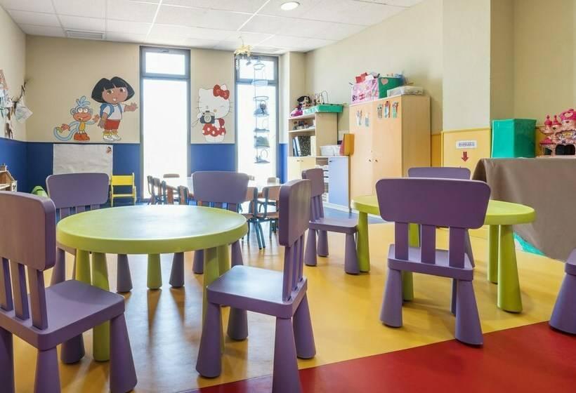 Instalaciones infantiles Hotel Ilunion Calas de Conil Conil de la Frontera