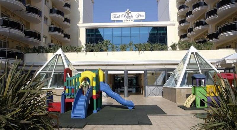 Instalaciones infantiles Hotel Peñíscola Plaza Suites