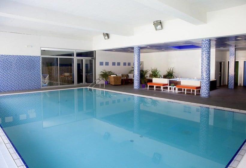 Piscina Apartamentos Ibersol Spa Aqquaria Salou