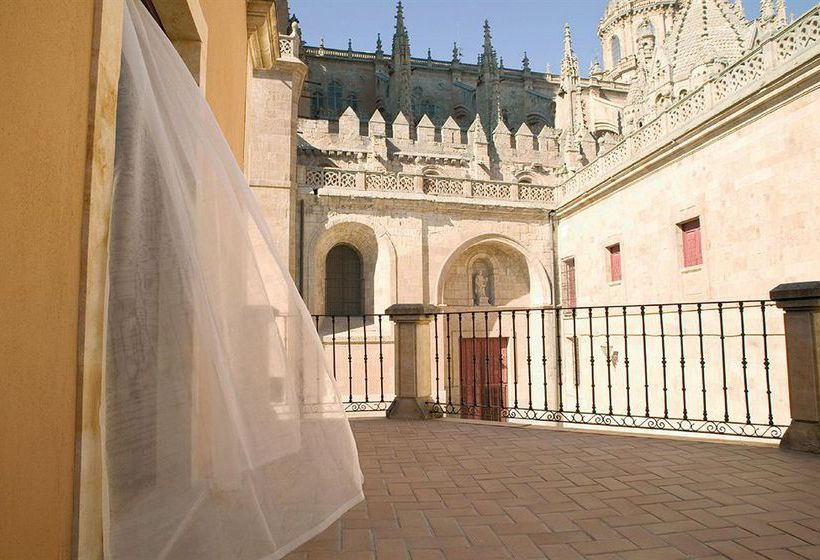 Hotel nh puerta de la catedral en salamanca destinia for Hoteles en la puerta