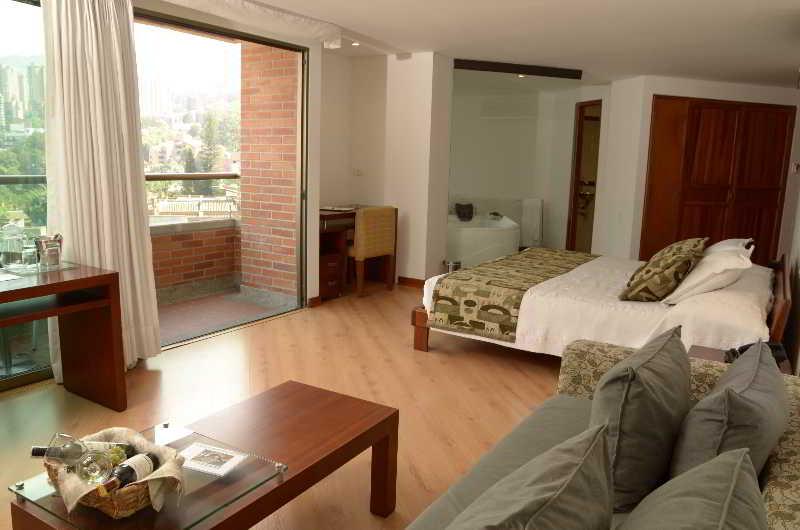 Casa victoria hotel en medell n desde 28 destinia - Hotel casa victoria suites ...