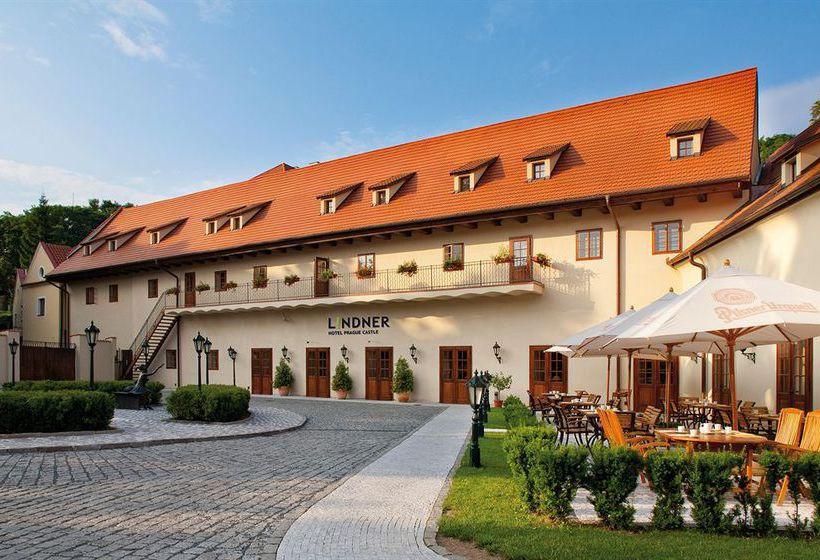 Lindner hotel prague castle en praga destinia for Hoteles en praga