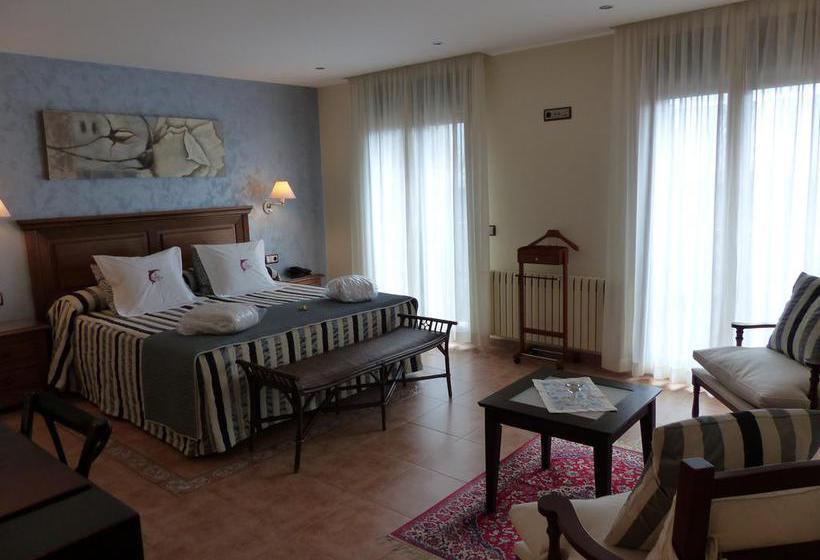 Hotel les truites en pas de la casa destinia for Habitacion familiar andorra